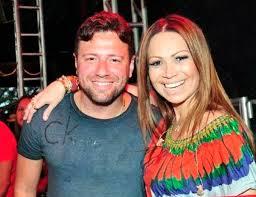 Solange Almeida, do Aviões do Forró, reata casamento com Wagner Miau