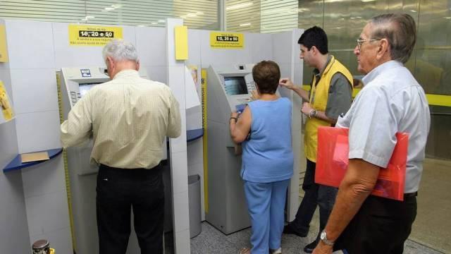 Governo vai pagar a 1ª parcela de 13º de aposentados e pensionistas em Agosto