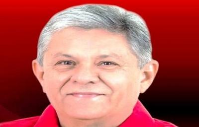 Prefeito de Pombal é multado em 53 mil reais por divulgação de pesquisa não registrada durante a campanha