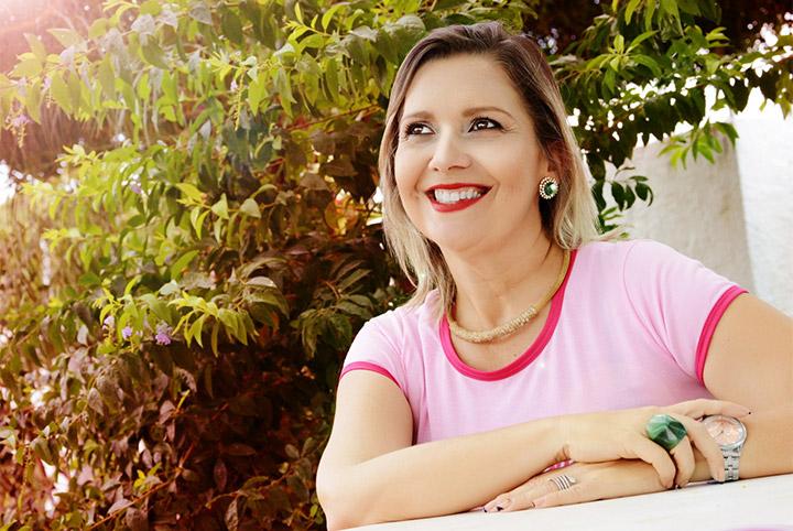Após Cinco anos de luta contra o Câncer, Sandra Sibele morre no Napoleão Laureano