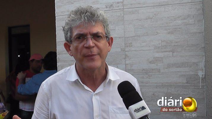 Ricardo Coutinho anuncia inauguração de estrada na região de Cajazeiras; Confira!