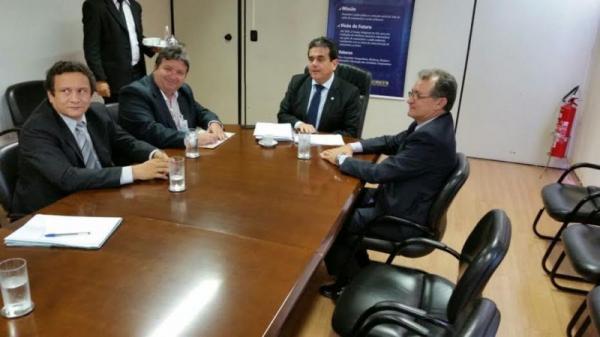 Galego Souza parabeniza Prefeitos eleitos para a ASMEP, no Sertão