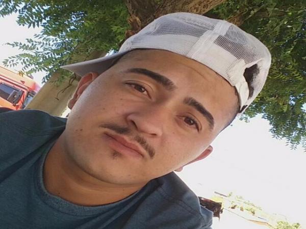 Filho do cantor Paulo Cassiano é morto a tiros na manhã deste Domingo em Jardim de Piranhas/RN