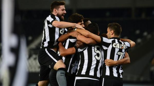 Botafogo vence, quebra sequência do Sport e entra na zona da Libertadores