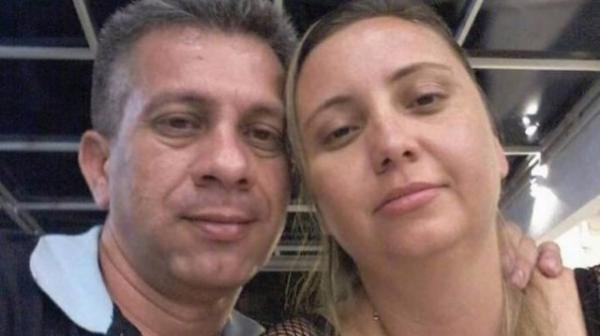 Pais de garota que se matou em transmissão ao vivo são achados mortos