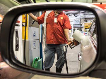 Preços da gasolina e do diesel têm novo reajuste a partir desta Terça