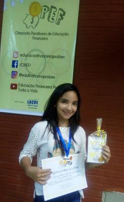 Aluna de Escola Pública Municipal de Paulista é premiada na I Olimpíada de Educação Financeira
