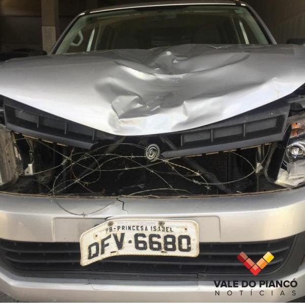 Acidente envolvendo veículo da Secretaria de Saúde de Princesa Isabel deixa uma pessoa morta