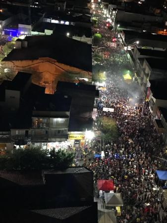 Carnaval de Rua de Caicó registrou neste sábado maior público de sua história