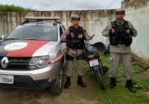 PM de Paulista/PB age rápido e recupera motocicleta roubada