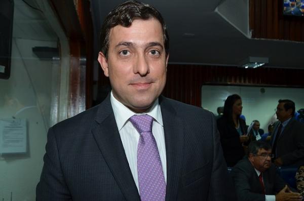 Gervásio resume: Serei candidato a deputado federal nas eleições