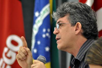 Governador Ricardo Coutinho faz críticas sobre as novas restrições eleitorais