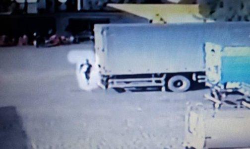 Vídeo mostra momento em que acusado ateia fogo na jovem catoleense e depois foge