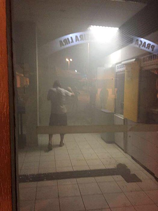 Bando fortemente armado explode cofre de agência bancária em Coremas/PB